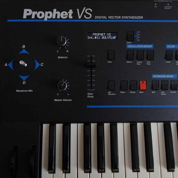 Sequential Circuits Prophet VS OLED Display NEU