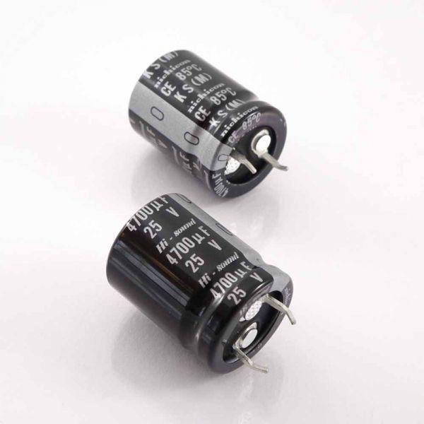 Elko 6800uF/25V für Audio, SnapIn, Radial, Nichicon LKS-Serie